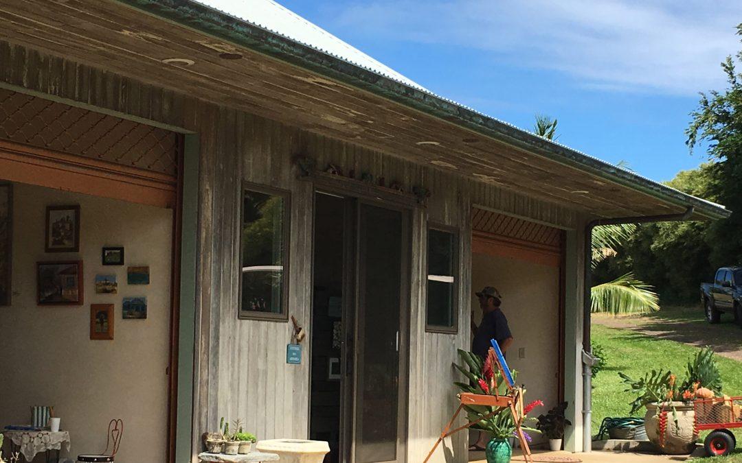 Uaoa Art Barn Christmas Sale